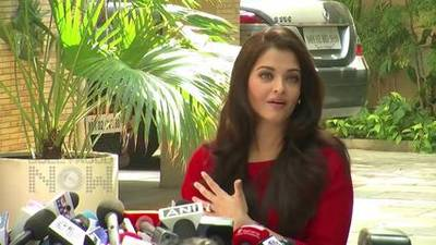 News video: Cannes Film Festival 2015 - Aishwarya Rai JAZBAA Premiere